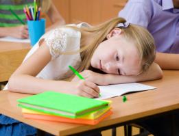 Mädchen beim Schreiben